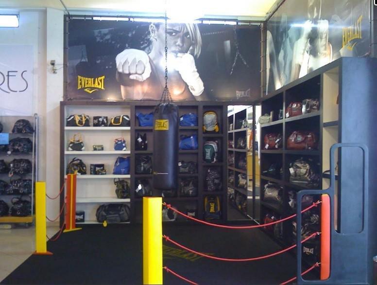 Stand showroom